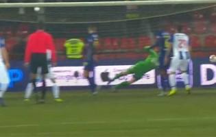António Filipe destaca-se em duas defesas – GD Chaves 1-4 FC Porto