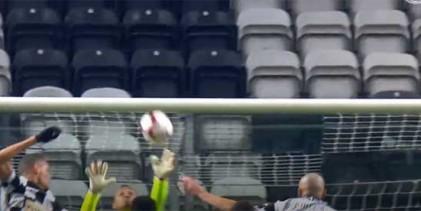 Charles Marcelo fecha a baliza em várias defesas – Boavista FC 0-1 CS Marítimo