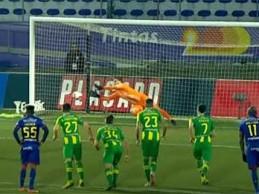 Cláudio Ramos defende penalti e só sofre na recarga – GD Chaves 2-1 CD Tondela