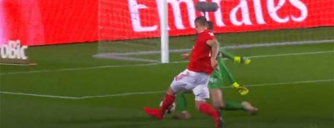 Helton Leite intervém entre desvios e defesas incompletas – SL Benfica 5-1 Boavista FC