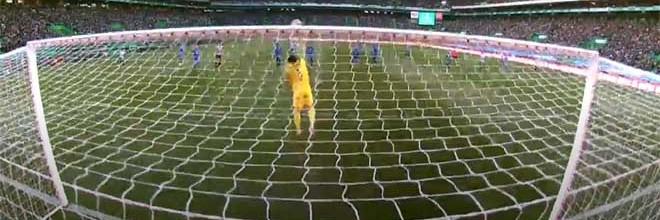 Iker Casillas desvia remate sinuoso de longa distância – Sporting CP 0-0 FC Porto