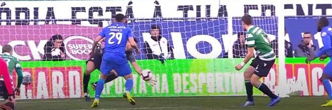 Renan Ribeiro colocou a mão por duas vezes em lance a curta distância – Sporting CP 0-0 FC Porto