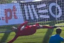 Daniel Guimarães defende grande penalidade no CD Nacional 0-0 Vitória FC
