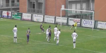 Luís Miguel Fernandes defende grande penalidade e começa golo em pontapé – SC Maria da Fonte 2-0 Limianos