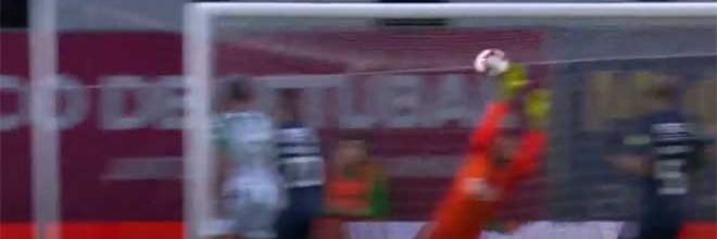 Muriel Becker significa o zero em duas defesas vistosas – Vitória FC 0-0 Os Belenenses
