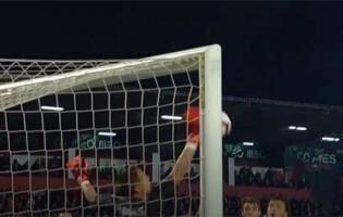 Odisseas Vlachodimos coloca a mão em defesas dificultadas – CD Aves 0-3 SL Benfica