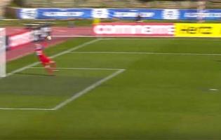 Sandra Sigurdardottir faz várias defesas entre dificuldades e espetáculo – Islândia 0-0 Canadá