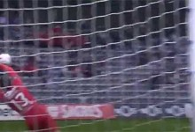 Daniel Guimarães faz defesa vistosa após cometer grande penalidade – CD Nacional 3-2 CD Tondela