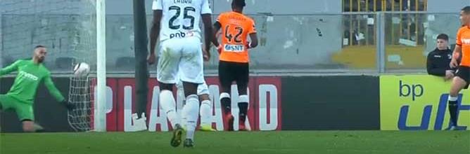 Rafael Bracali faz duas defesas espetaculares em lances de visibilidade – Vitória SC 3-1 Boavista FC