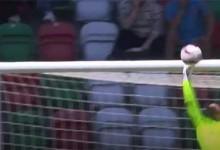 Charles Marcelo fecha a baliza em três defesas vistosas – CS Marítimo 2-0 CD Tondela