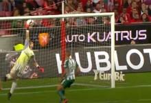 Odisseas Vlachodimos voa para negar golo em defesa vistosa – SL Benfica 4-2 Vitória FC