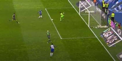 Renan Ribeiro protagoniza defesa espetacular no último grito – FC Porto 2-1 Sporting CP
