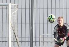Carolina Vilão emprestada pelo SL Benfica ao Valadares