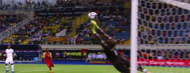 Fabien Farmolle voa para defesa vistosa no final do encontro – Gana 2-2 Benim (CAN)