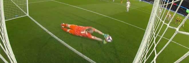 Hedvig Lindahl vale quartos-de-final do Mundial ao defender penalti – Suécia 1-0 Canadá