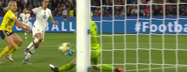 Hedvig Lindahl opõe-se no um-para-um após sofrer – Suécia 0-2 Estados Unidos