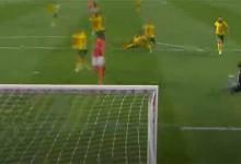 Ricardo Ribeiro faz-se valer no um-para-um – SL Benfica 5-0 FC Paços de Ferreira