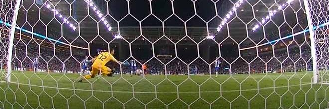 Agustín Marchesín defende, precipita-se e faz defesa de último grito – FC Porto 3-0 Vitória SC