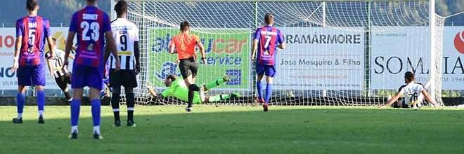 Carlos Fernandes: aos 39 anos entra, defende e tranca baliza do Amarante FC com dois treinos