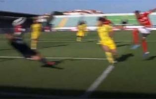 Cláudio Ramos entrega o corpo e cara a defesa espetacular – CD Tondela 0-0 CD Santa Clara