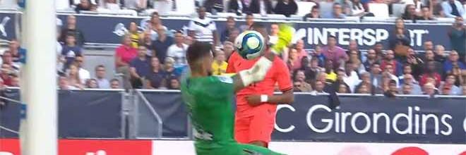 Benoît Costil evita várias golos em diversas intervenções – Bordeaux 0-1 PSG