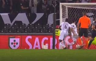 Douglas Jesus defende de forma destacável após reposição – Vitória SC 5-0 Os Belenenses