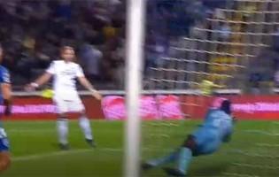 Hervé Koffi erra em dois golos sofridos e termina jogo com defesa vistosa – FC Famalicão 3-1 Os Belenenses