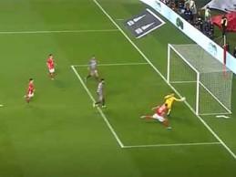 Tiago Sá intervém com destaque entre precipitação em golo – SL Benfica 2-1 SC Braga