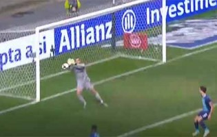 Diogo Costa impede empate em defesa destacável – FC Porto 2-1 Vitória SC