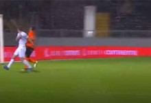 Pawel Kieszek impede golo em defesa vertiginosa – Vitória SC 1-2 Rio Ave FC