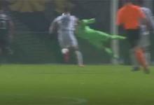 Vaná Alves destaca-se em defesa vistosa antes de cometer penalti – FC Famalicão 1-1 CD Aves
