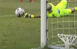 Amir Abedzadeh fecha a baliza em desvio destacável – CS Marítimo 0-0 Rio Ave FC