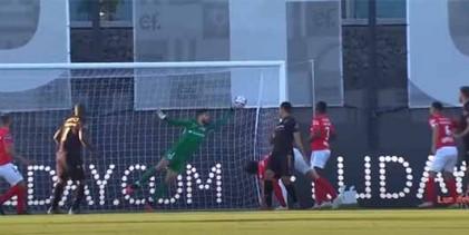 André Ferreira aparece em defesa vistosa – CD Santa Clara 2-2 Vitória SC