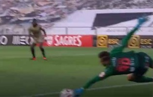 Helton Leite faz defesa de qualidade entre outras vistosas – Portimonense SC 2-1 Boavista FC