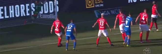 Marco Rocha faz defesa espetacular após também defender com a cara – CD Santa Clara 0-1 CS Marítimo