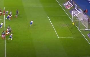 Amir Abedzadeh defende penalti e dá espetáculo de defesas – FC Porto 2-3 CS Marítimo