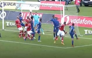 Dênis faz duas defesas espetaculares em segundos – CD Santa Clara 0-0 Gil Vicente FC