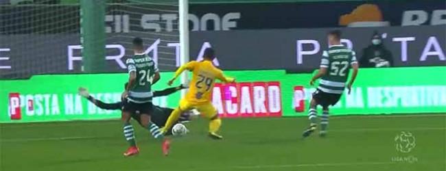 Antonio Adán fecha a baliza ao abafar incursão – Sporting CP 2-0 Portimonense SC