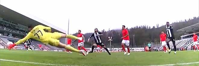 Helton Leite destaca-se em defesas de nível – CD Nacional 1-3 SL Benfica