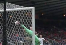 Tomas Vaclik rouba a cena em defesas de nível – Escócia 0-2 República Checa (Euro 2020)
