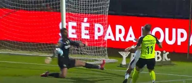 Antonio Adán destaca-se em três defesas de valor – FC Famalicão 1-1 Sporting CP
