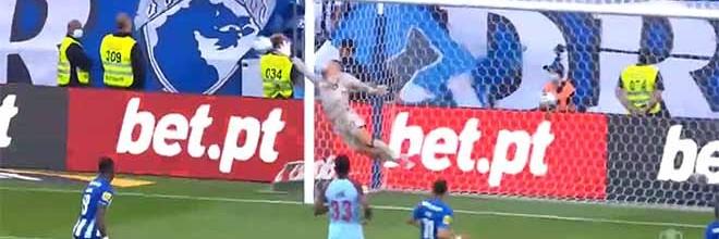 Diogo Costa intervém e acaba jogo com defesa de nível – FC Porto 2-0 Belenenses SAD