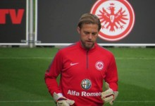 Hildebrand assina pelo Eintracht Frankfurt