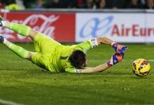 Casillas faz 500 jogos na La Liga e tem recorde de mais vitórias pelo Real Madrid