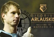 Arlauskis assina pelo Watford