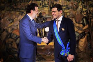 Iker Casillas recebeu a Grande Cruz da Real Ordem de Mérito Desportivo Espanhol