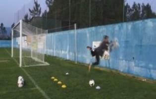 Eduardo Martins foi treinador e guarda-redes na companhia de um muro no FC Pampilhosa