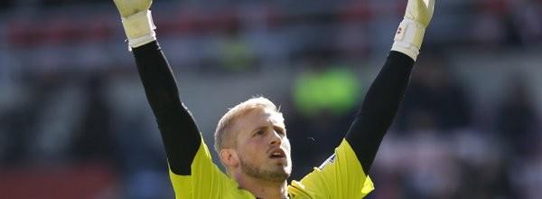 Kasper Schmeichel não sofre há 490 minutos pelo Leicester City FC