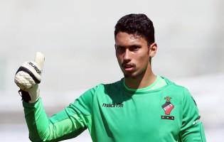 Alexandre Nini e Leonardo Rodrigues, de 16 e 17 anos, assumem baliza do SC Olhanense