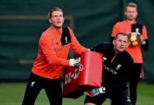 Karius e Mignolet treinam cruzamentos com saco de placagem de Rugby